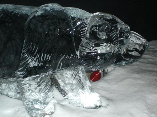 bear ice sculpture