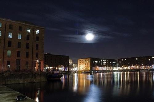 dock night photography
