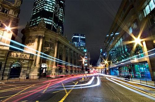 fast lights night photography