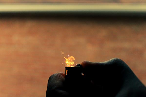 A lighter - A beauty high speed photography