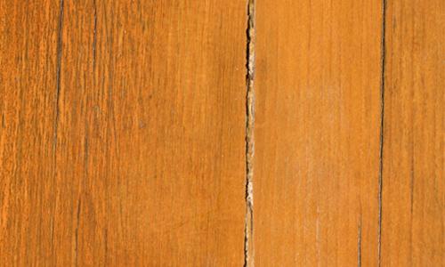 Fine Yet Cracked Wood Texture