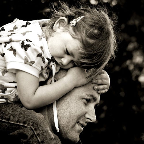 Really Heartwarming Father and Child Photograph