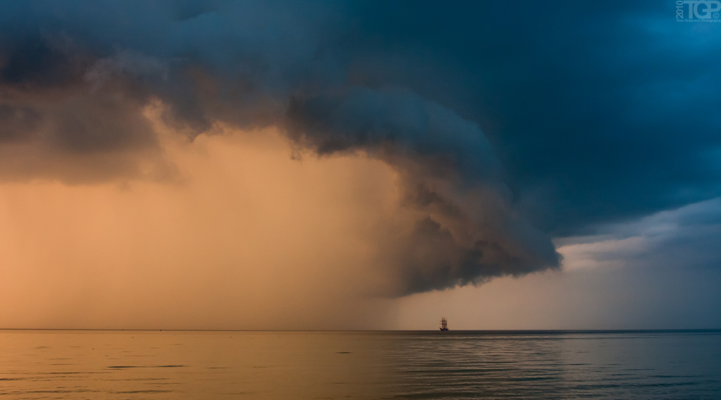 Expressive Storm on Photography