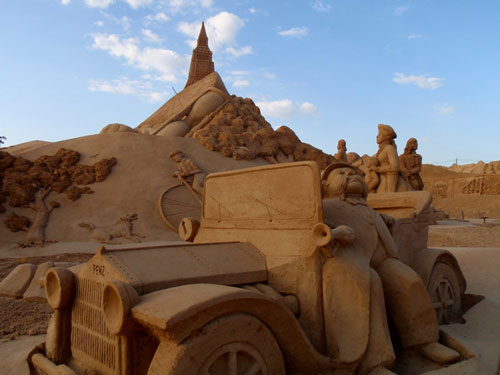 Owning the World Sand Sculpture