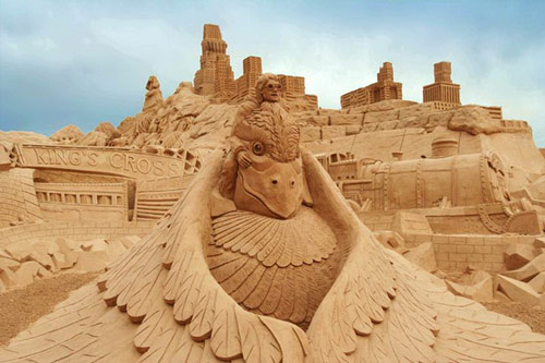 Jaw Dropping Sand Sculpture