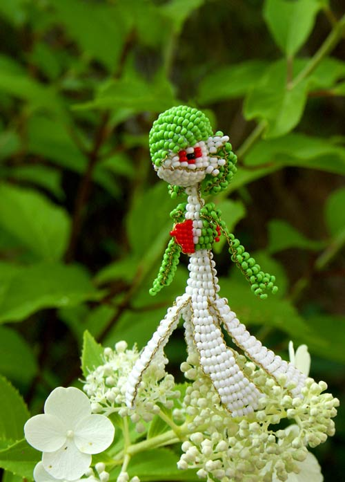 Stunning Flower Bride Bead Art