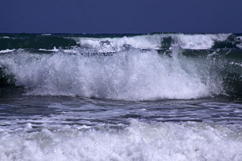 Splendid waves photo.