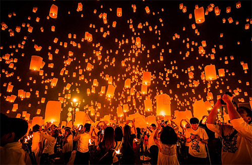 chiang mai sky lantern pictures