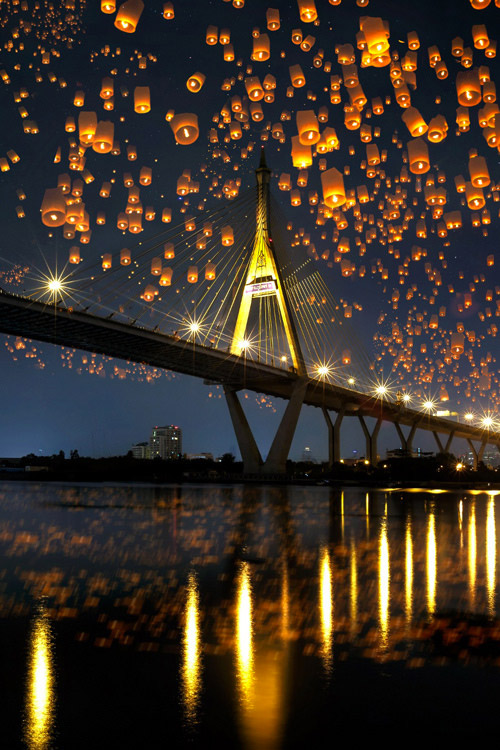 floating sky lantern pictures