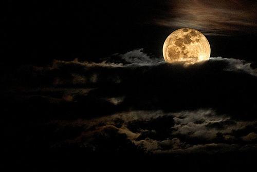 Moon Photography on A Sweet Sky