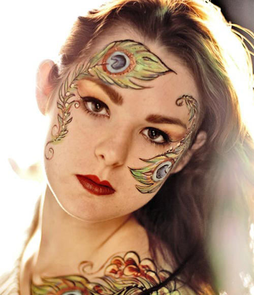 Mysteriously Nice Face Painting Design