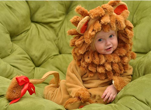 Very Charming Baby Halloween Photograhy