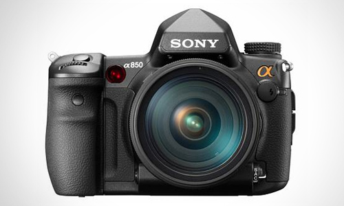 Sony's Cool DSLR for Semi-Pros