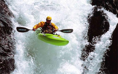 Pro Kayaker Wallpaper