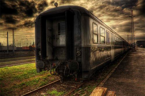 Train-HDR