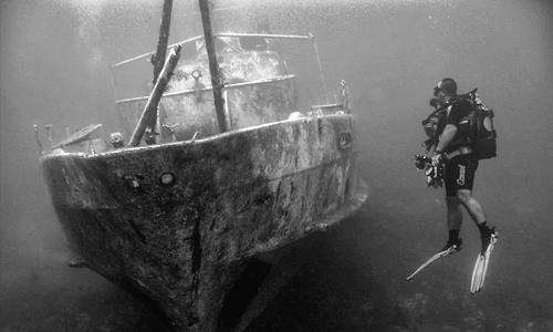 Use proper diving skills