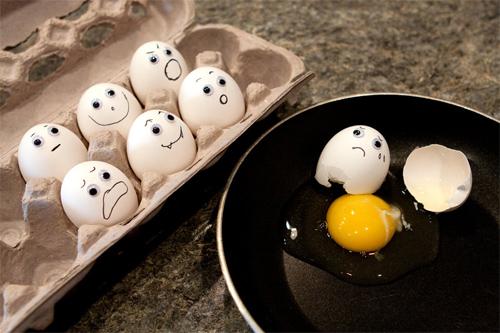 oogly eggs