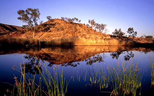 Australian lake Wallpaper