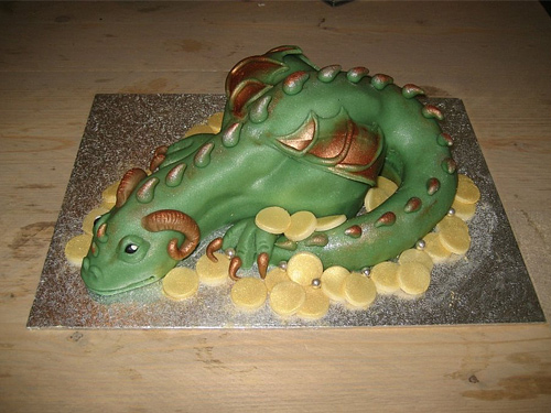Drake green dragon unusual cake design cool