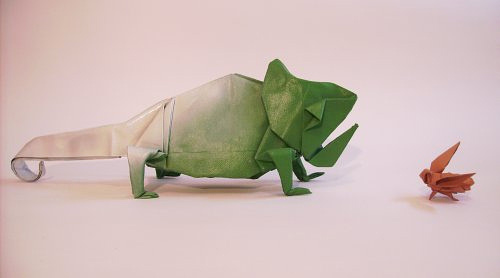 Chameleon origami artwork paper design