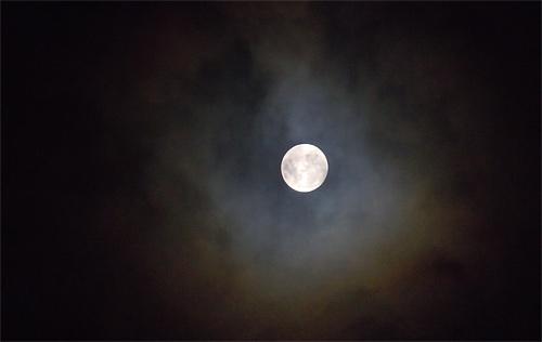 Dark full cool moon wallpaper