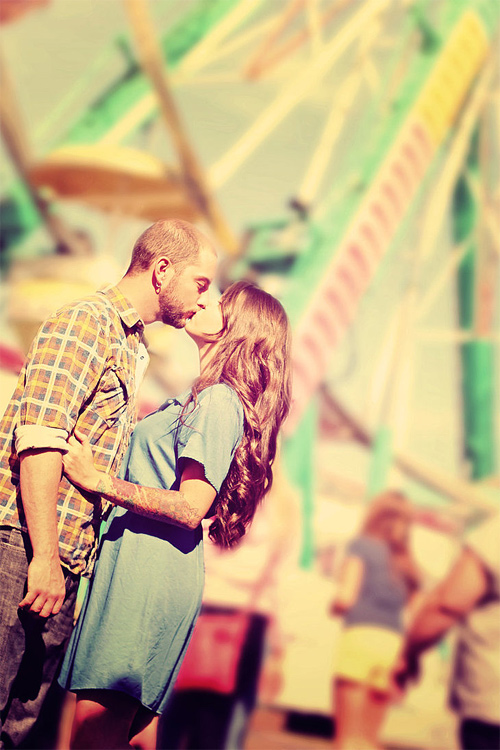 Ferries wheel circus romantic couple engagement photography