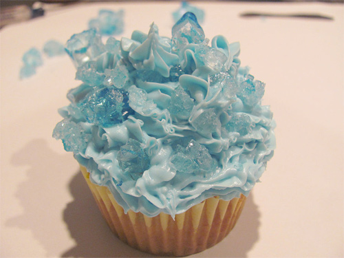 Blue beautiful cupcake design inspiration