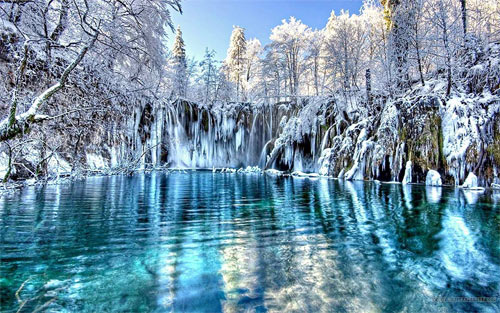 Beautiful Winter Lake Wallpaper_105038