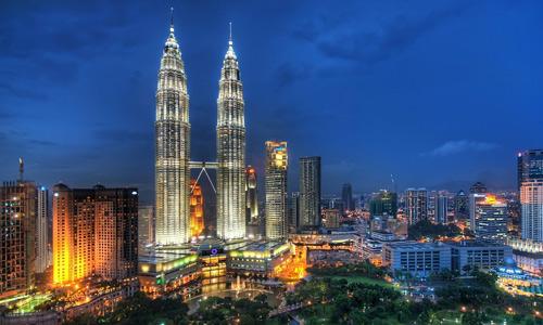 Petronas free high resolution skyscraper wallpaper