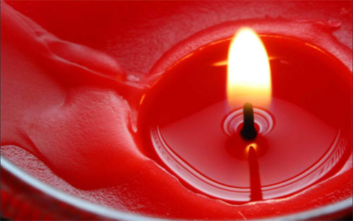 red candle wallpaper