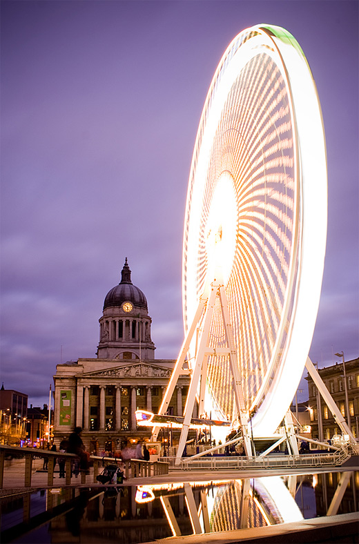 Bright white light ferris wheel photography