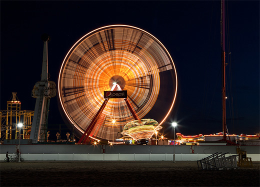Pepsi long exposure ferris wheel photography