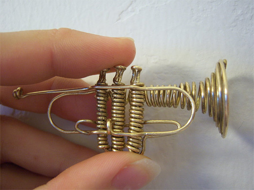 Trumpet wire sculpture