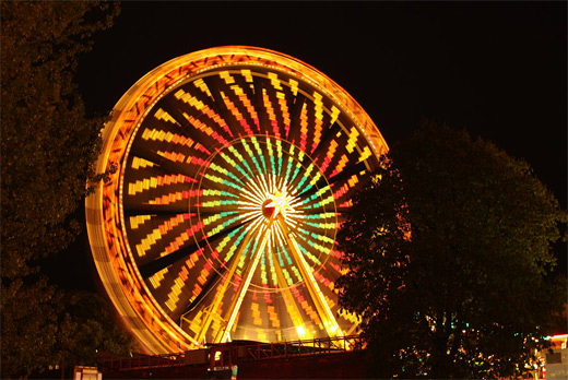Colorful long exposure ferris wheel photography