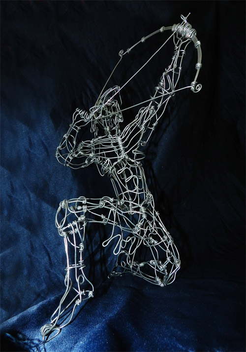 archer wire sculpture