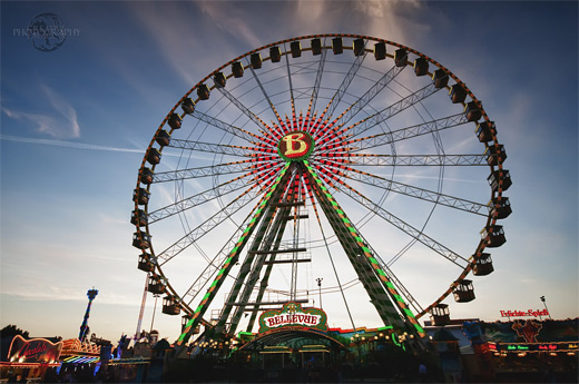 Huge big ferris wheel photography