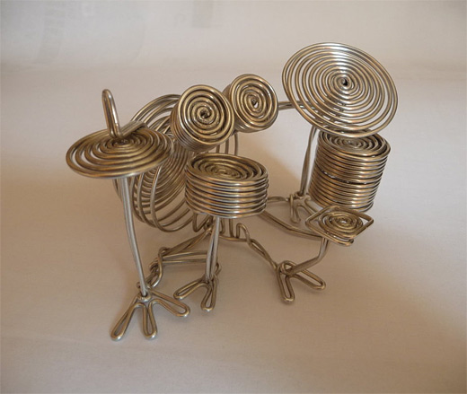 Drums wire sculpture