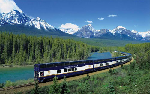 canadian rockies train wallpaper