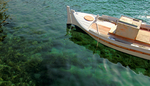 Clear waters boats free wallpapers hi res high resolution