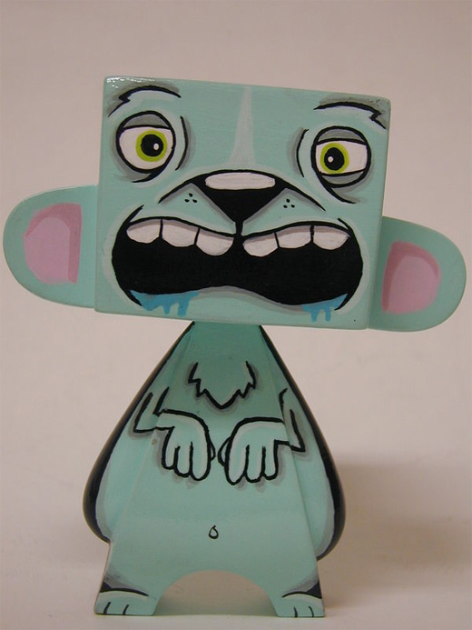 Blue bear madl mad vinyl toy