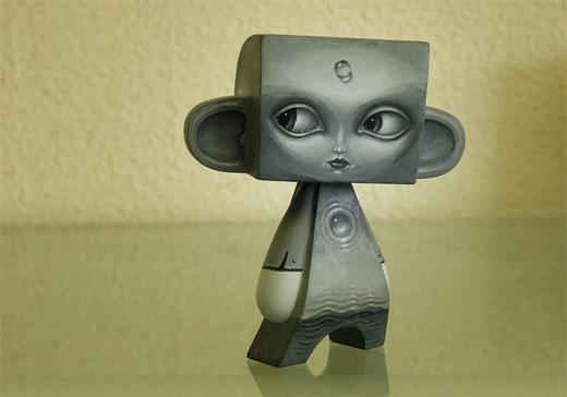 Alien silver madl mad vinyl toy