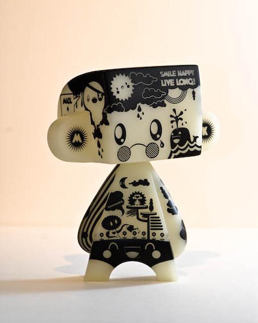Doodle madl mad vinyl toy