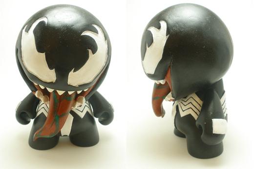 Venom ultimate vinyl toys design collection