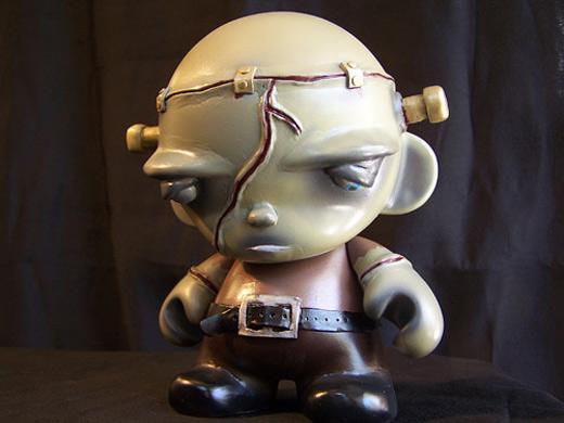 Frankenstein lonely junior jr ultimate vinyl toys design collection