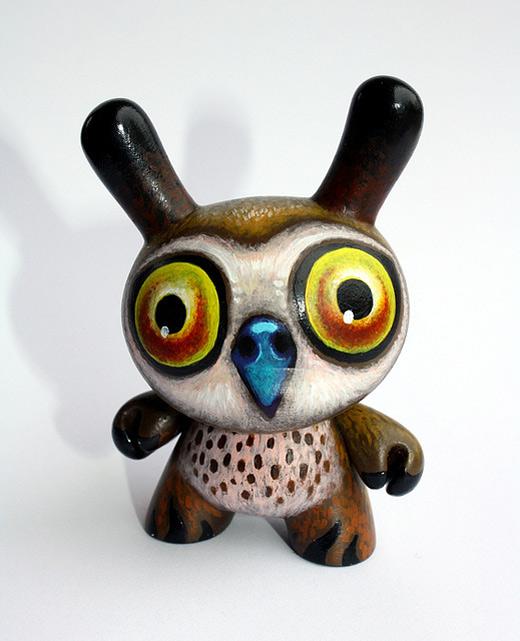 Owl dunny vinyl toys design