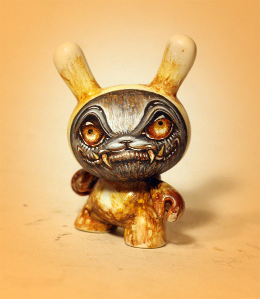 Yellow demon dunny vinyl toys design