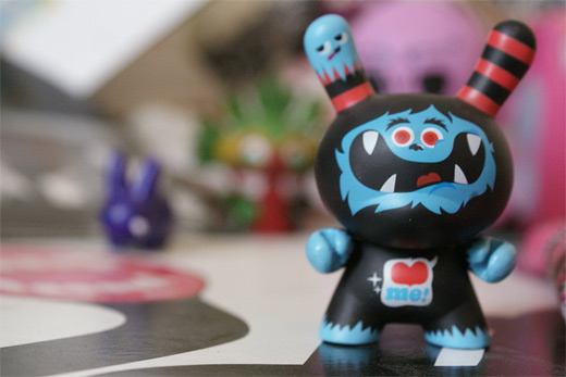 Cute monster dunny vinyl toys design