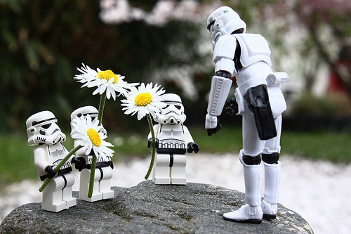 Flower kids stormtrooper photogprahy