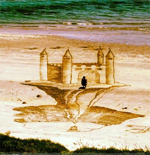 Jamie Harkins 3D sand art