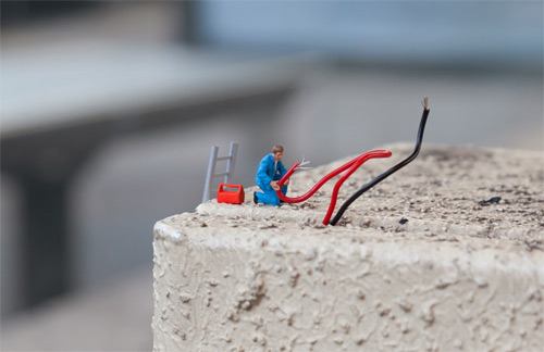 Slinkachu miniature street art featured